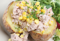 Baked Potato with Tuna and sweetcorn